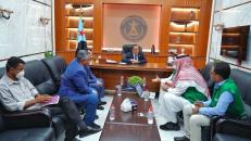 الدكتور الخُبجي يطّلع من مسؤول البرنامج السعودي للتنمية والإعمار على المشاريع التي ينفذها البرنامج في عدن ومحافظات الجنوب