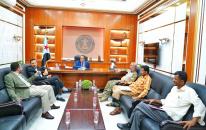 الخُبجي يطّلع على الجهود التي يبذلها الحزام الأمني بالعند في حفظ الأمن والاستقرار ومكافحة التهريب