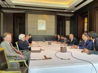 الرئيس القائد عيدروس الزُبيدي يلتقي مبعوث الأمين العام للأمم المتحدة