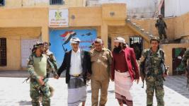 بتكليف من الرئيس الزُبيدي.. السعدي والسيد يتفقدان القوات المسلحة الجنوبية بمحور يافع
