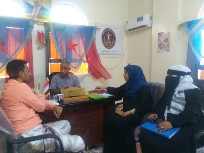 اللجنة التحضيرية لتأبين الفقيد صباح محمد بلحج تناقش الاستعدادات لإقامة الفعالية