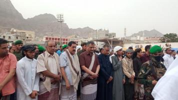 قيادات المجلس الانتقالي الجنوبي تؤدي صلاة عيد الأضحى مع جموع المصلين بالعاصمة عدن