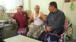 رئيس تنفيذية انتقالي حضرموت يزور المناضل عبدالله سالم بن سلمان ويطمئن على صحته