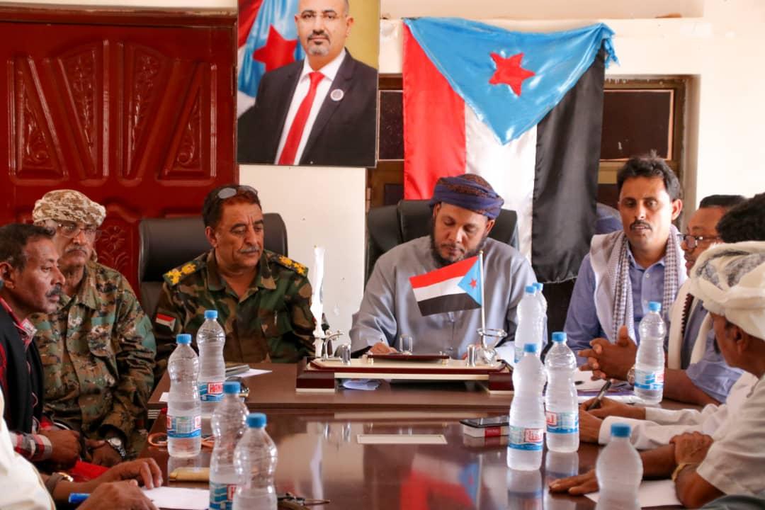 انتقالي سقطرى يعقد لقاءً موسعاً مع اللجنة الأمنية والعسكرية وأعضاء الجمعية الوطنية ولجنة التنمية