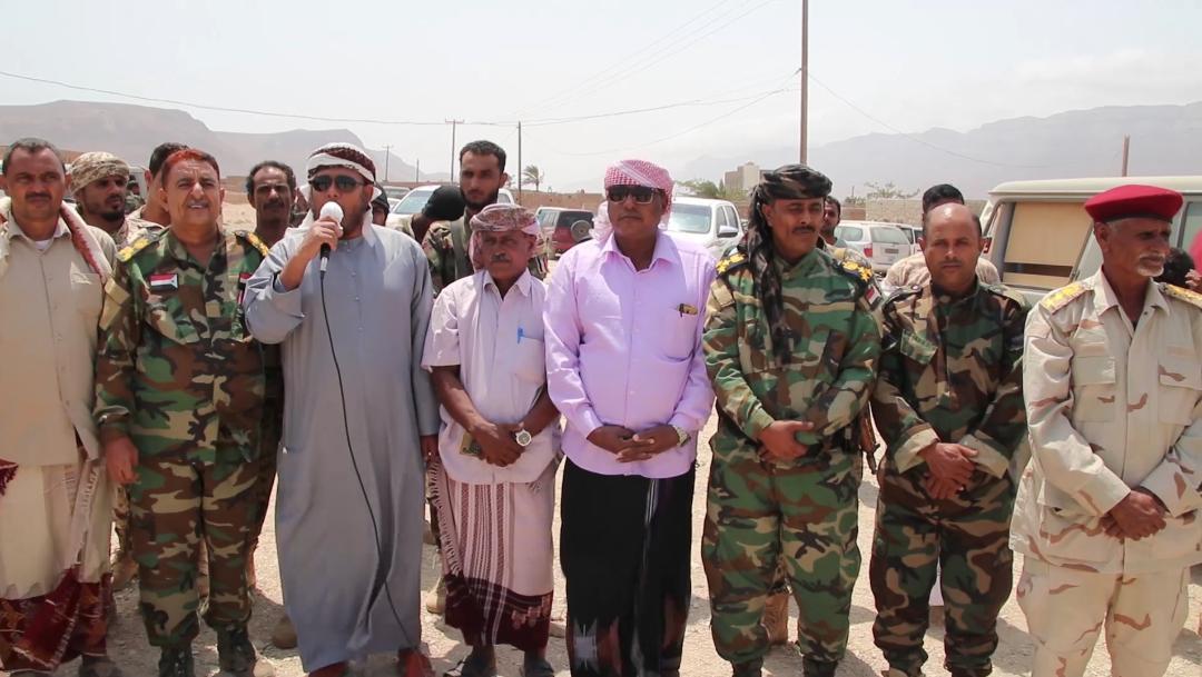 رئيس تنفيذية انتقالي سقطرى يتفقد الأوضاع الأمنية والعسكرية بمديرية قلنسية