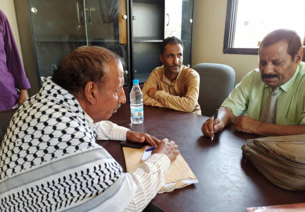 إدارتا حقوق الإنسان والقانونية بتنفيذية انتقالي لحج تتفقدان سير العمل بمحكمة الحوطة