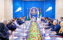 الرئيس الزُبيدي يترأس اجتماعاً مشتركاً للإدارة العامة للشؤون الخارجية ولجنة العلاقات الخارجية بالجمعية الوطنية وإدارة المراسيم بالأمانة العامة