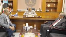 الرئيس الزُبيدي يلتقي الشيخين عبد الخالق بن حطبين وصلاح علي النهدي