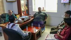 الجعدي يؤكد اهتمام قيادة المجلس بأوضاع سكان جزيرة عبدالكوري